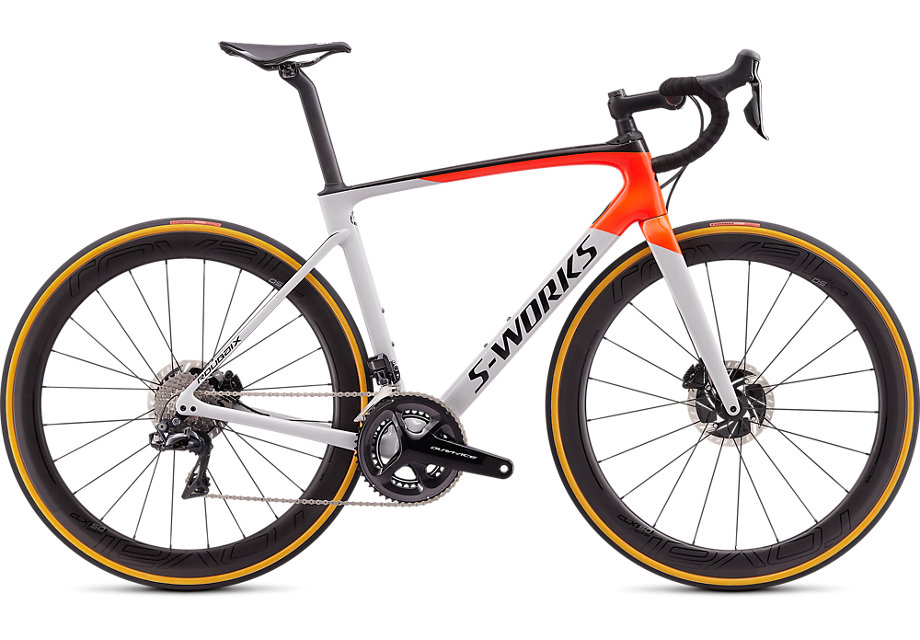 silniční kolo Specialized S-Works Roubaix Di2 2020 gloss gray/red